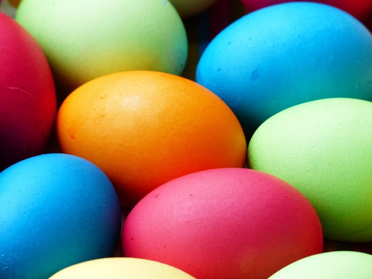 easter egg colouring